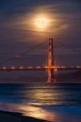 Golden Gate Bridge by Moonlight