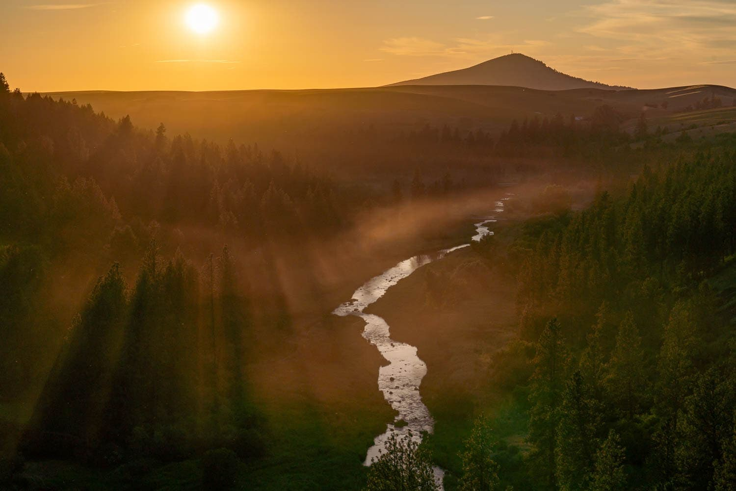 Sunset over Palouse River during a photography workshop
